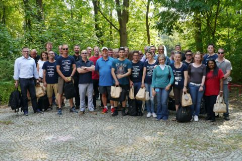 Freiwillige beim Social Day